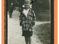 Jadwiga Dzierżanowska wparku wNałęczowie. Lipiec 1936 rok.